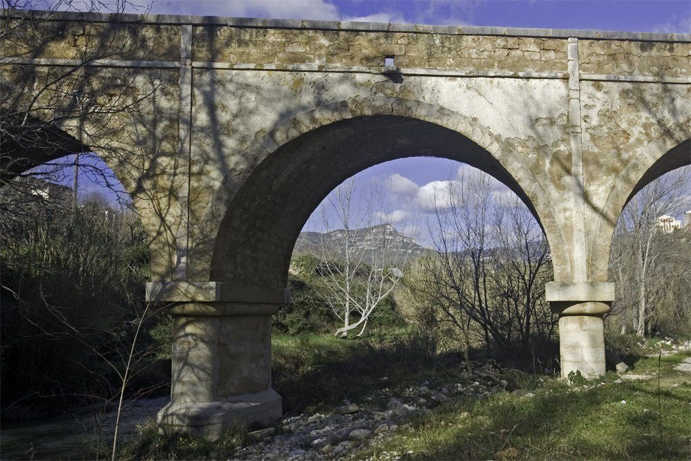 Pont-cases-del-riu-Rossell